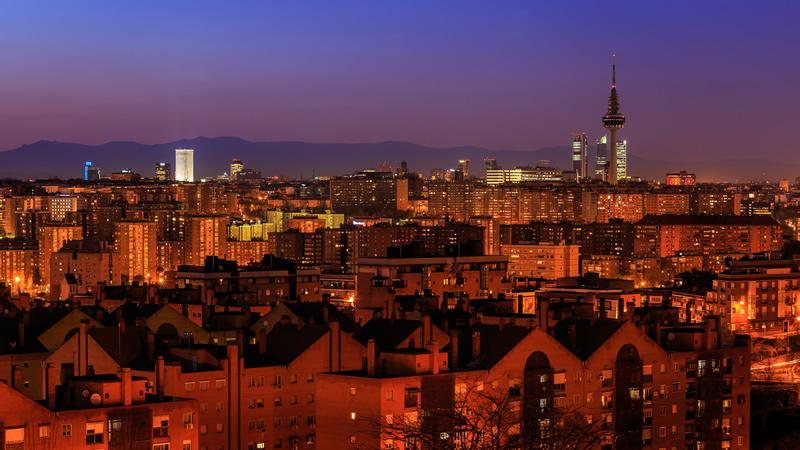 Skyline Madrid Business Week